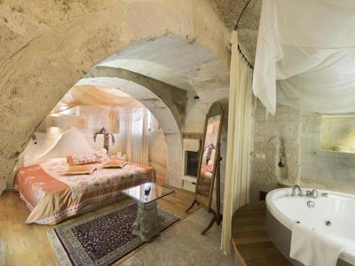 Deluxe Mağara Suite