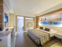 Yandan Deniz Manzaralı Aile Odası