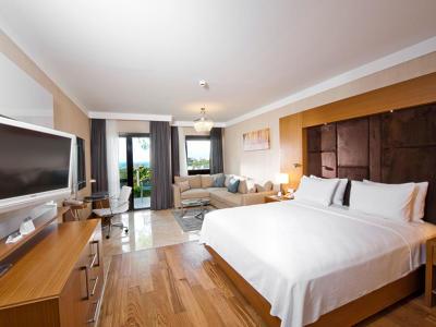 Hilton Misafir oda  Deniz Manzaralı