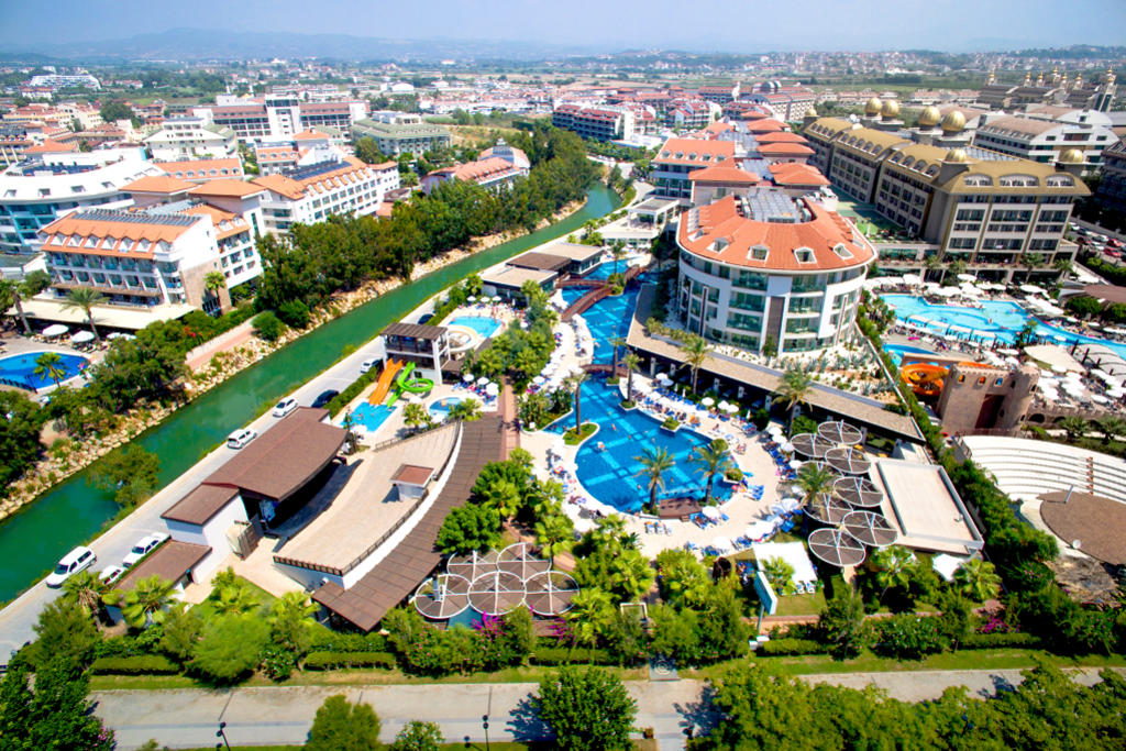 Sunis Evren Beach Resort Hotel