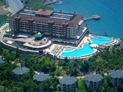Utopia World Resort & Spa