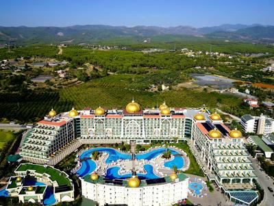 Alan Xafira Deluxe Resort Hotel